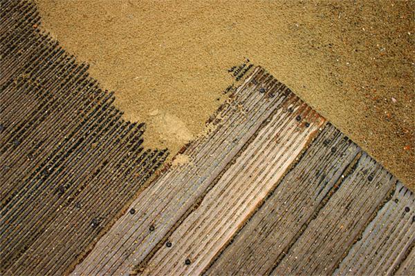Marise Laget :: à mes pieds sur le sable #1