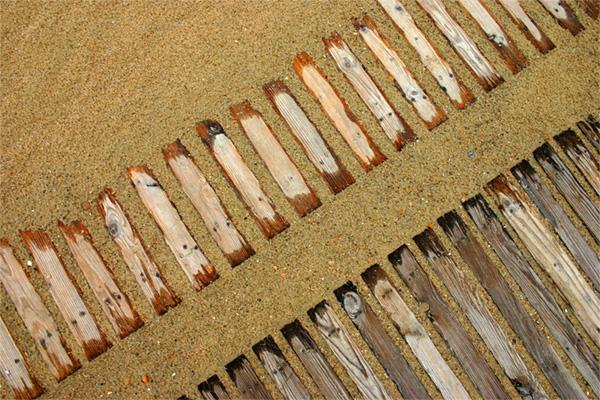 Marise Laget :: à mes pieds sur le sable #2