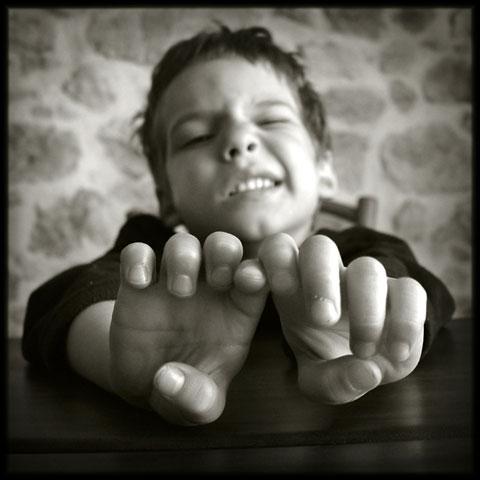 Pascal Renoux :: Mains #4