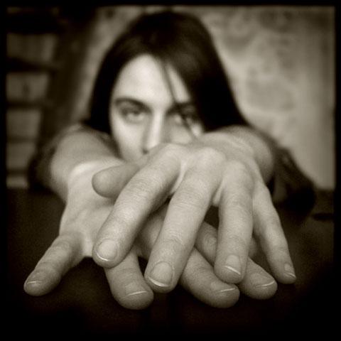 Pascal Renoux :: Mains #7