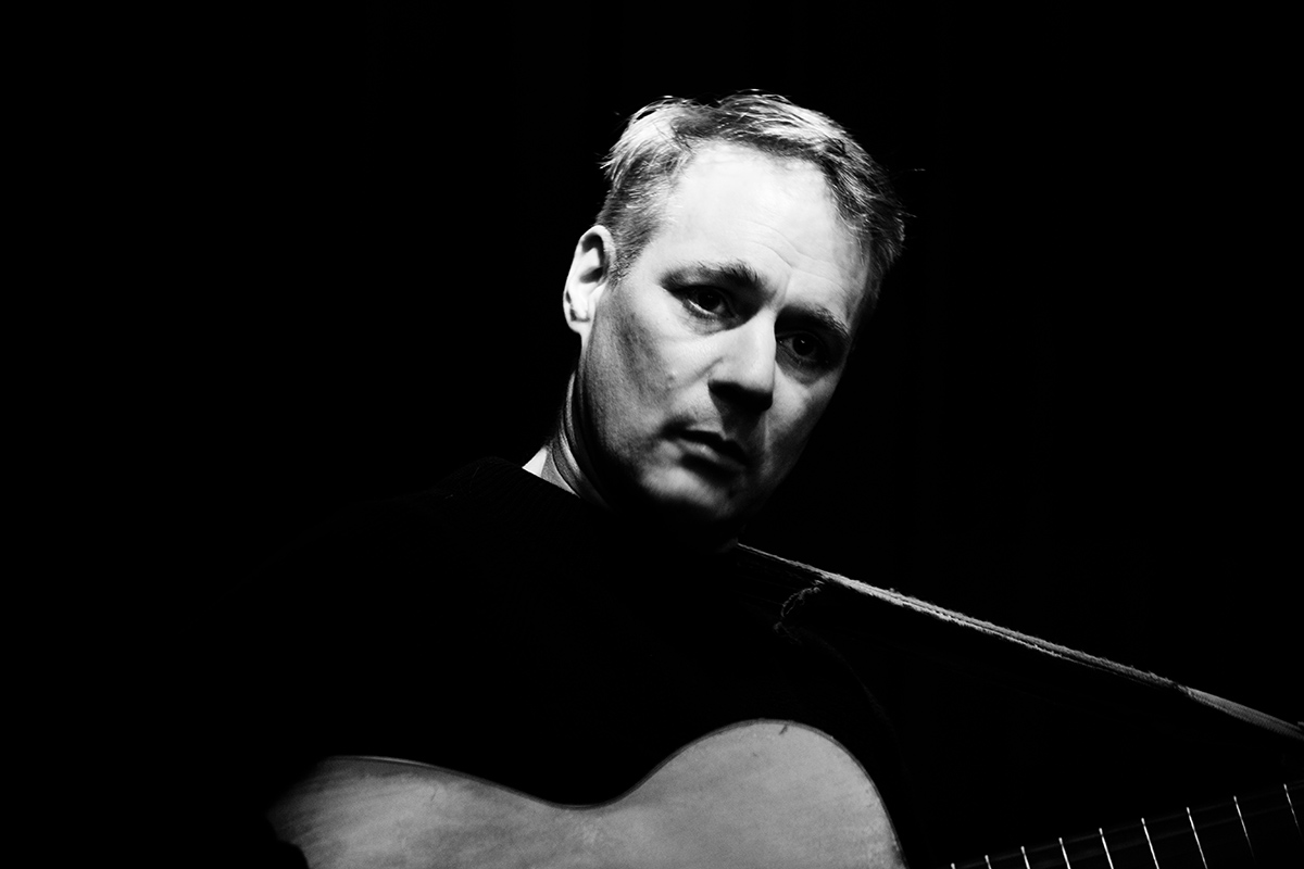 Calvin Johnson by Laurent Orseau - Maison des Musiques - Brussels, Belgium - 2015-10-27 #2