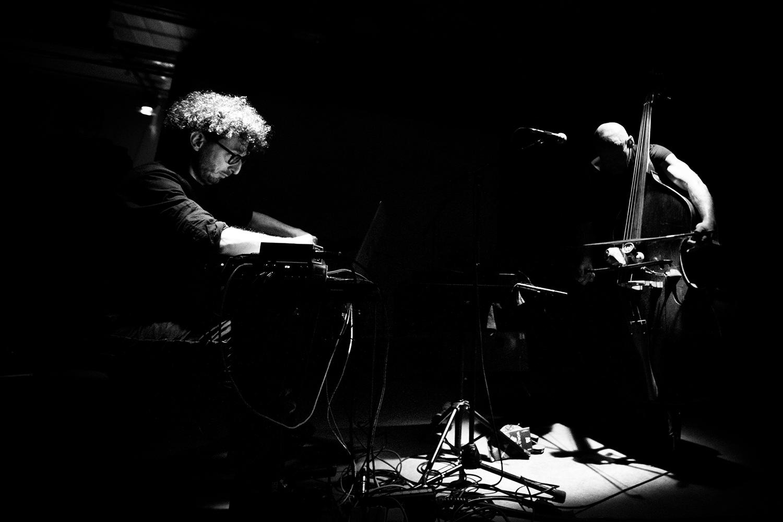Cloud Chamber (Stefan Prins & Peter Jacquemyn) by Laurent Orseau - Les Ateliers Claus - Brussels, Belgium - 2017-12-09 #1