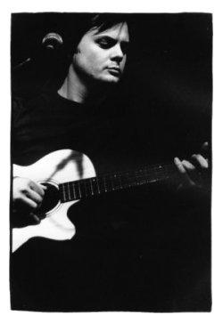 Don Nino by Laurent Orseau - Instants Chavirés - Montreuil, France - 2001-12-14 #1