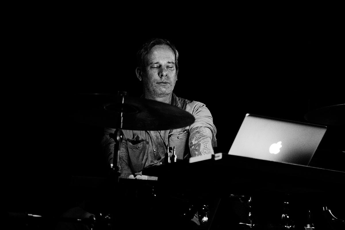 John McEntire by Laurent Orseau - Les Ateliers Claus - Brussels, Belgium - 2015-11-17 #2