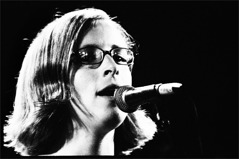 Laura Veirs by Laurent Orseau - Brotfabrik - Frankfurt am Main, Germany - 2007-04-19 #1