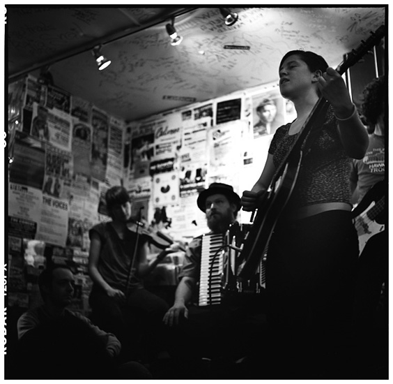 Mirah by Laurent Orseau - Rough Trade - London, UK - 2005-06-16 #1