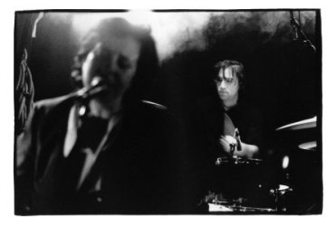 Thalia Zedek by Laurent Orseau - Guinguette Pirate - Paris, France - 2001-12-04 #1