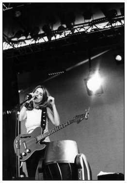 Heather Nova by Laurent Orseau - La Route du Rock - St Malo, France - 1998-08-15 #1