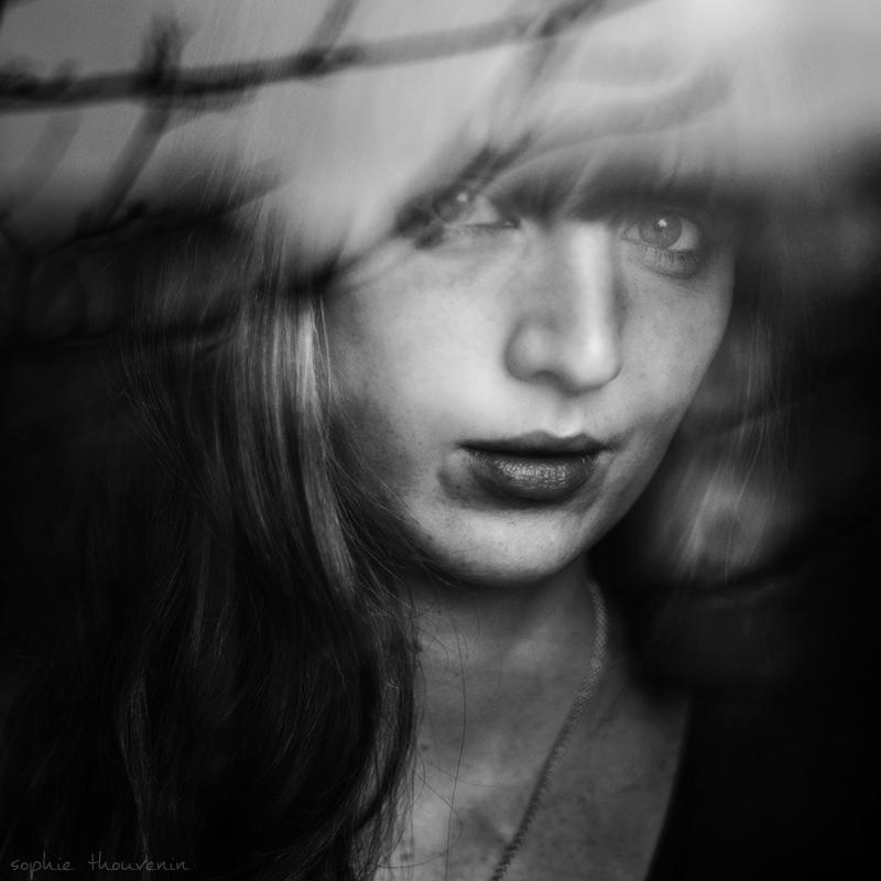 Sophie Thouvenin :: Portraits   hinah exhibitions #1