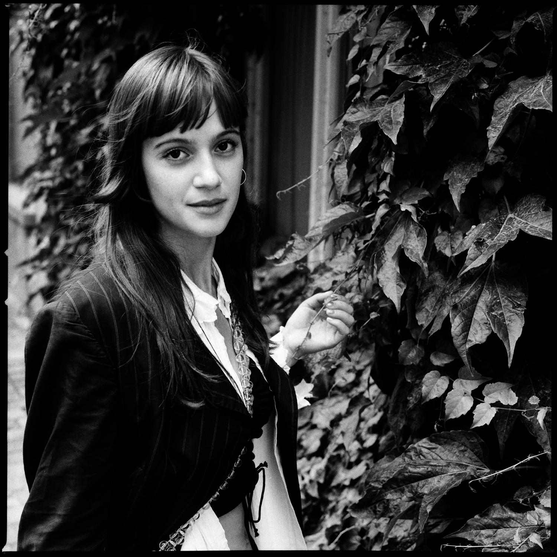 Zoë-Louise Estève - ZUUI by Laurent Orseau #14
