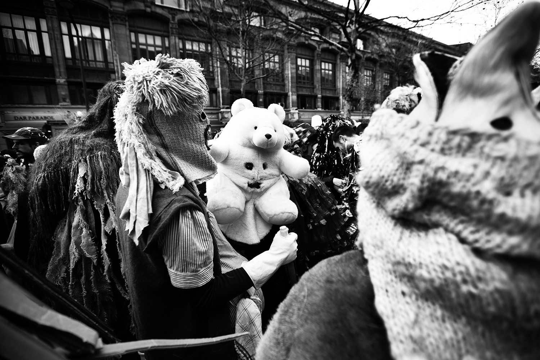 Carnaval sauvage de Bruxelles 2019 (Black & White) by Laurent Orseau #12