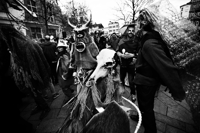 Carnaval sauvage de Bruxelles 2019 (Black & White) by Laurent Orseau #6