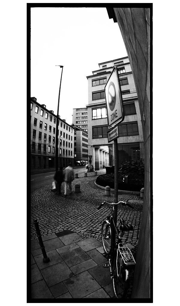 Frankfurt am Main, Germany by Laurent Orseau #38