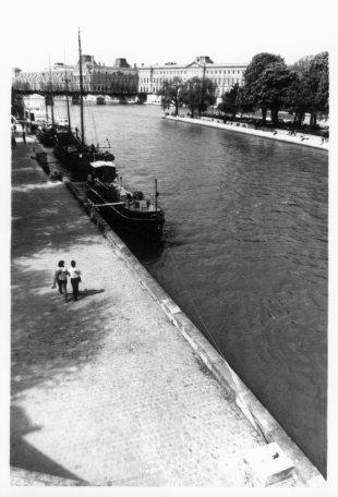 Quais de Seine, Paris, France by Laurent Orseau #18