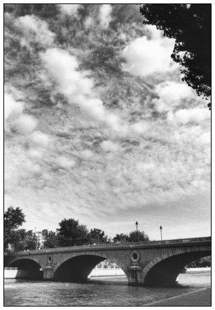 Quais de Seine, Paris, France by Laurent Orseau #4