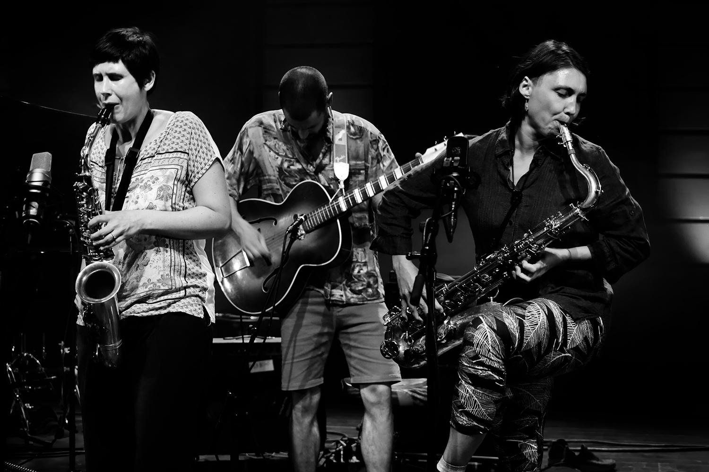 Ada Rave & Jasper Stadhouders & Audrey Lauro & Pak Yan Lau & Adam Cadell by Laurent Orseau - Summer Bummer Festival - De Studio - Antwerp, Belgium #3