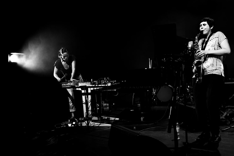 Ada Rave & Jasper Stadhouders & Audrey Lauro & Pak Yan Lau & Adam Cadell by Laurent Orseau - Summer Bummer Festival - De Studio - Antwerp, Belgium #5