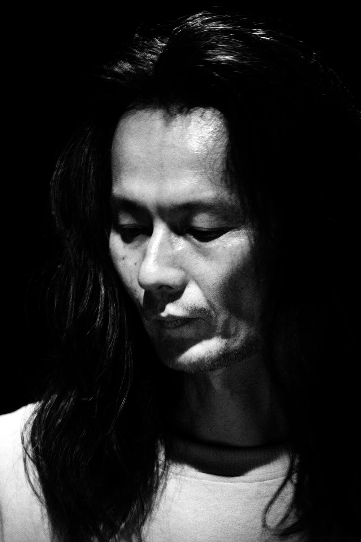 Aki Onda by Laurent Orseau - Concert - Les Ateliers Claus - Brussels, Belgium #10