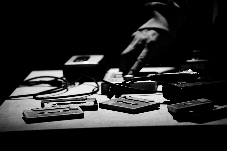 Aki Onda by Laurent Orseau - Concert - Les Ateliers Claus - Brussels, Belgium #14