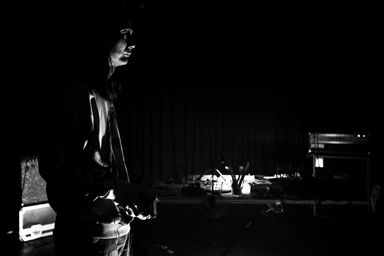 Aki Onda by Laurent Orseau - Concert - Les Ateliers Claus - Brussels, Belgium #7