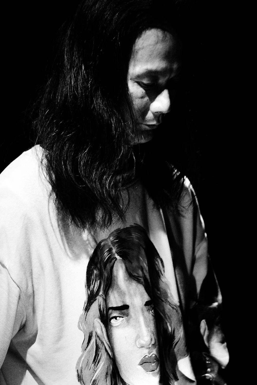 Aki Onda by Laurent Orseau - Concert - Les Ateliers Claus - Brussels, Belgium #9