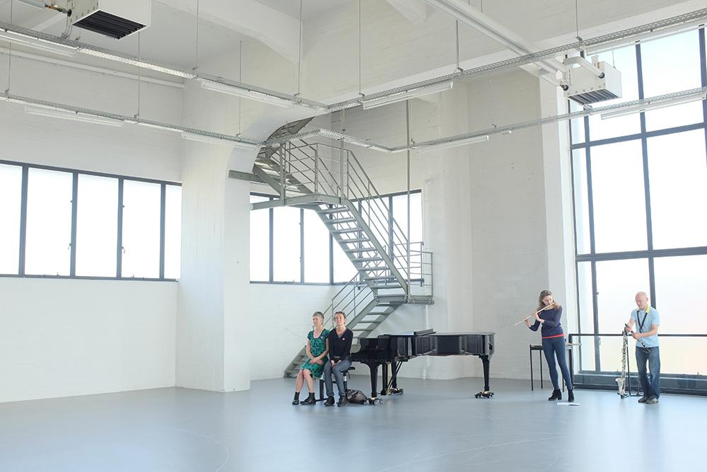 Anne Teresa De Keersmaeker: Work/Travail/Arbeid - Concert - Wiels - Brussels, Belgium