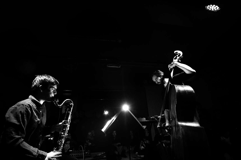 Ben Bertrand & Otto Lindholm by Laurent Orseau - Concert - Les Ateliers Claus - Brussels, Belgium #3