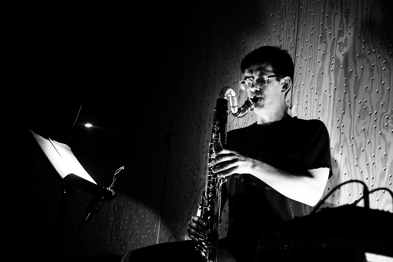 Ben Bertrand by Laurent Orseau - Concert - Les Ateliers Claus - Brussels, Belgium #2