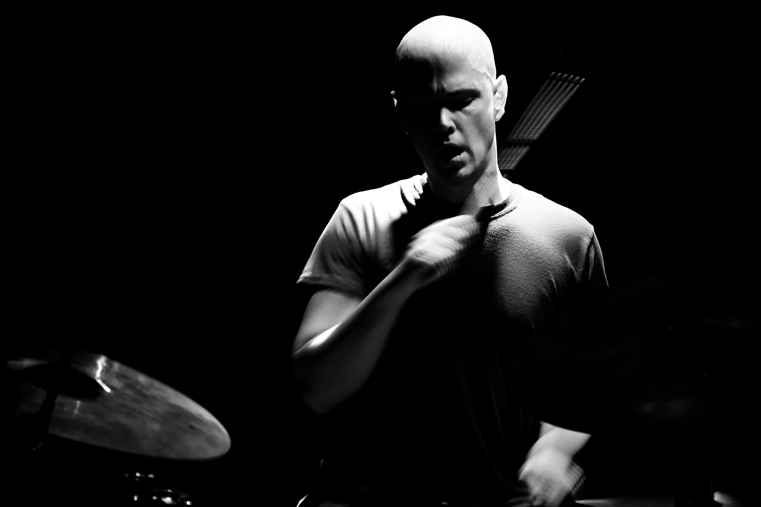 Bill Orcutt & Chris Corsano by Laurent Orseau - Les Ateliers Claus - Brussels, Belgium #2