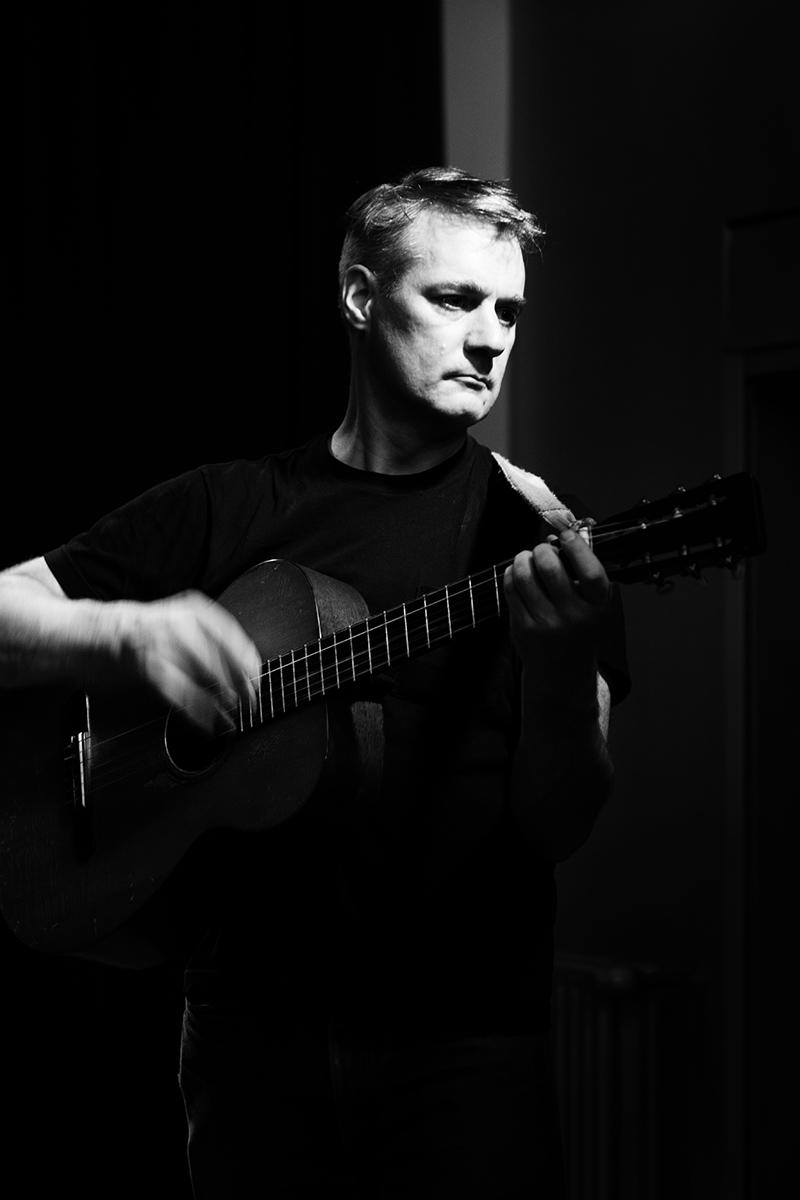 Calvin Johnson by Laurent Orseau - Concert - Maison des Musiques - Brussels, Belgium #1