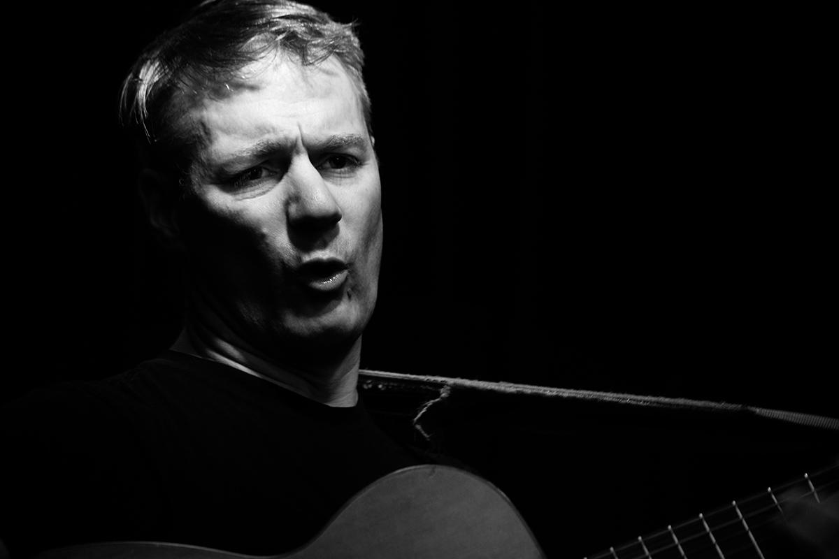 Calvin Johnson by Laurent Orseau - Concert - Maison des Musiques - Brussels, Belgium #4
