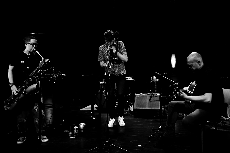 Cath Roberts & Tullis Rennie & Dirk Serries by Laurent Orseau - Summer Bummer Festival - De Studio - Antwerp, Belgium #2