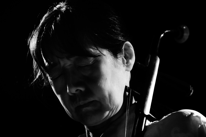 Chie Mukai by Laurent Orseau - Concert - Les Ateliers Claus - Brussels, Belgium #6