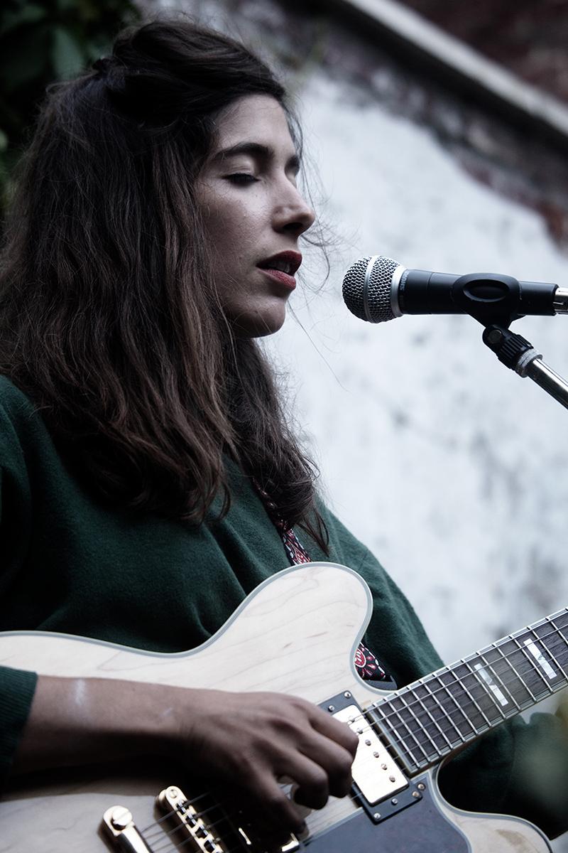 Clare Louise by Laurent Orseau - Musiques de cour - Brussels, Belgium #5