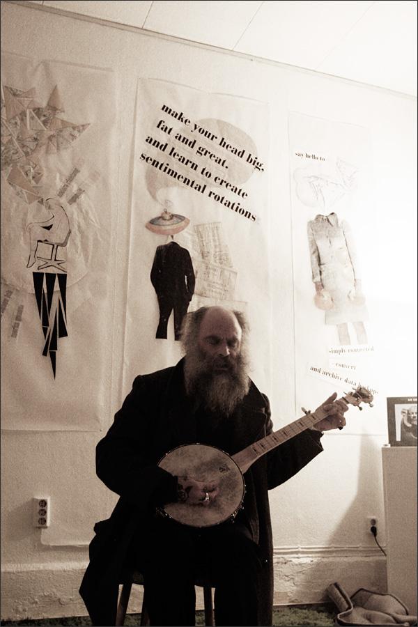 Daniel Higgs by Laurent Orseau - Walpodenakademie - Mainz, Germany #5
