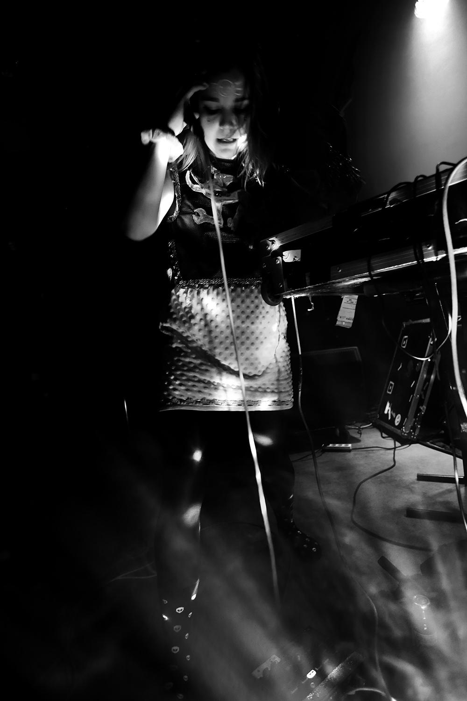 dj. flugvél og geimskip by Laurent Orseau - Concert - Les Ateliers Claus - Brussels, Belgium #8