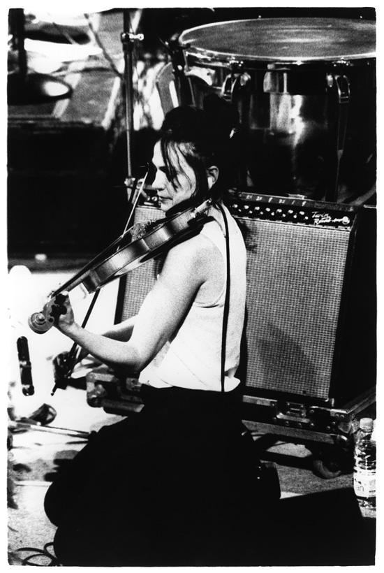 Eels with Lisa Germano by Laurent Orseau - Black Sessions - La Maison de la Radio - Paris, France #3