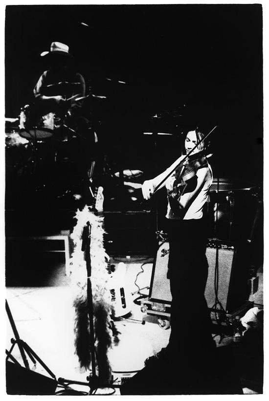 Eels with Lisa Germano by Laurent Orseau - Black Sessions - La Maison de la Radio - Paris, France #6