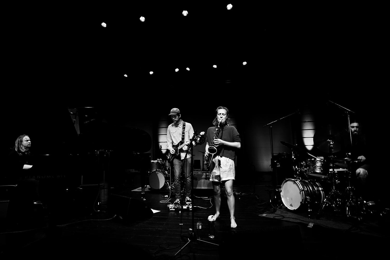 Emmeluth's Amoeba: Signe Emmeluth & Christian Balvig & Ole Mofjell & Karl Bjorå by Laurent Orseau - Summer Bummer Festival - De Studio - Antwerp, Belgium #1