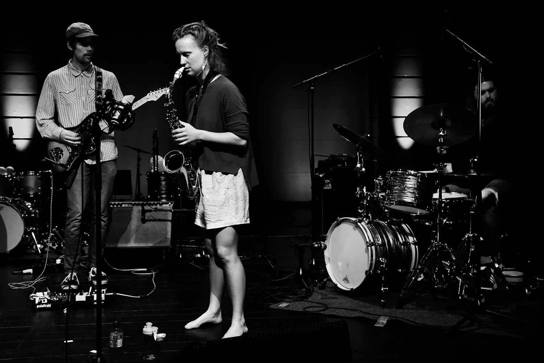 Emmeluth's Amoeba: Signe Emmeluth & Christian Balvig & Ole Mofjell & Karl Bjorå by Laurent Orseau - Summer Bummer Festival - De Studio - Antwerp, Belgium #2