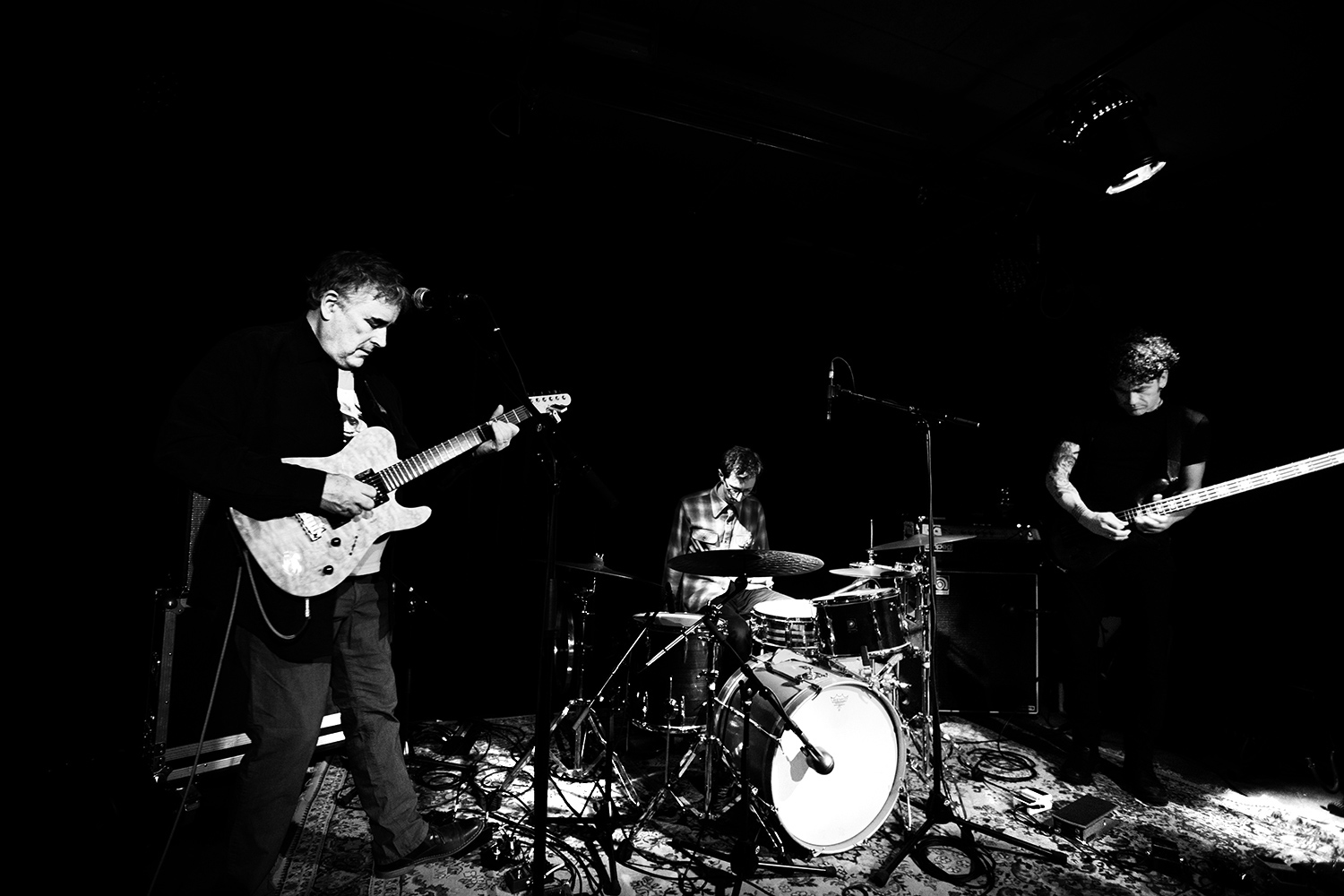 Fred Frith Trio by Laurent Orseau - Les Ateliers Claus - Brussels, Belgium #2