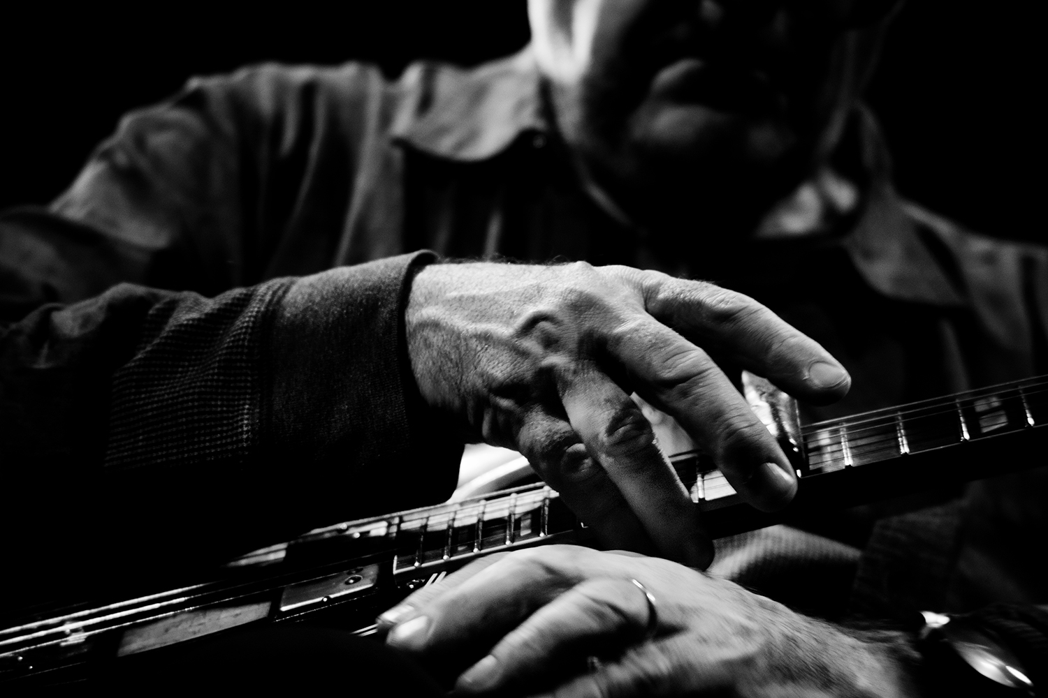 Fred Frith by Laurent Orseau - Les Ateliers Claus - Brussels, Belgium #13