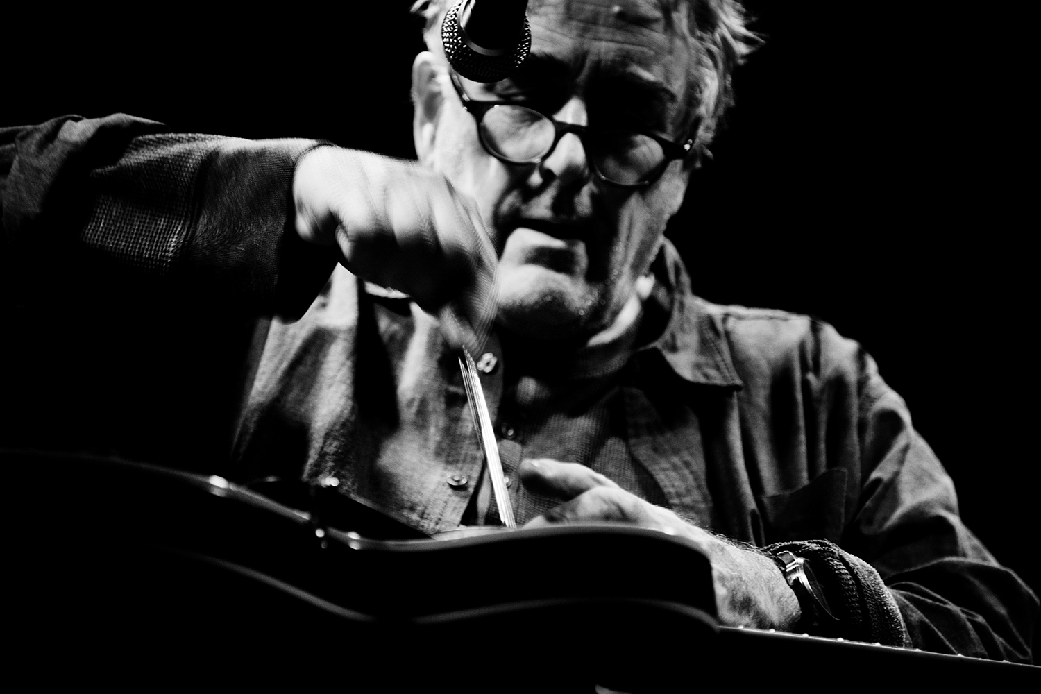 Fred Frith by Laurent Orseau - Les Ateliers Claus - Brussels, Belgium #4