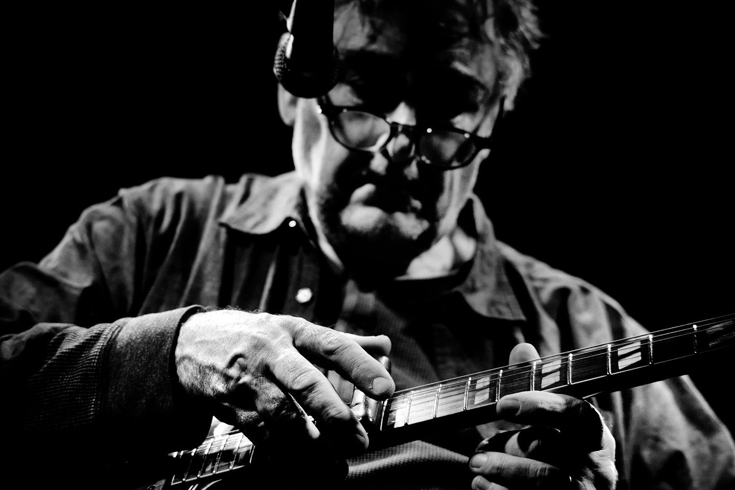 Fred Frith by Laurent Orseau - Les Ateliers Claus - Brussels, Belgium #7