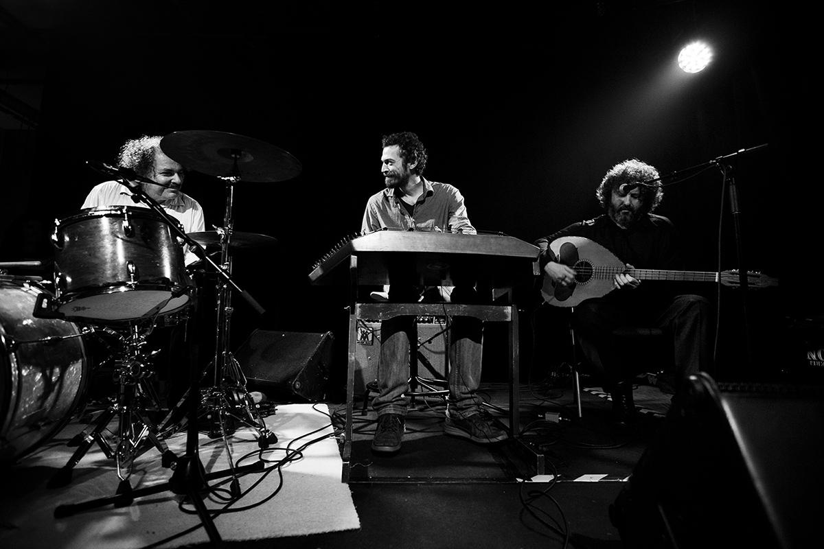 Xylouris White (Giorgos Xylouris & Jim White + Fanis Karoussos) by Laurent Orseau - Les Ateliers Claus - Brussels, Belgium #3