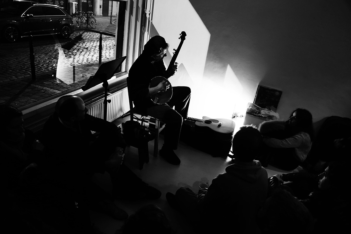Glenn Jones by Laurent Orseau - Hectoliter - Brussels, Belgium #7