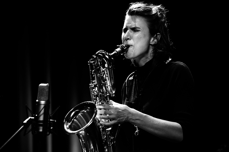 Hanne De Backer & Terrie Hessels & Signe Emmeluth & Raf Vertessen by Laurent Orseau - Summer Bummer Festival - De Studio - Antwerp, Belgium #21
