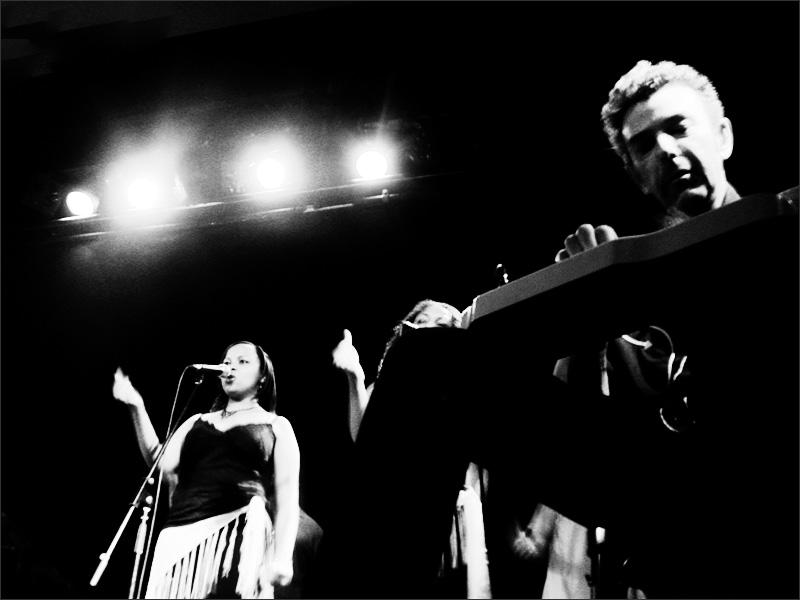 Howe Gelb + Band & Gospel Choir by Laurent Orseau - Brotfabrik - Frankfurt am Main, Germany #13
