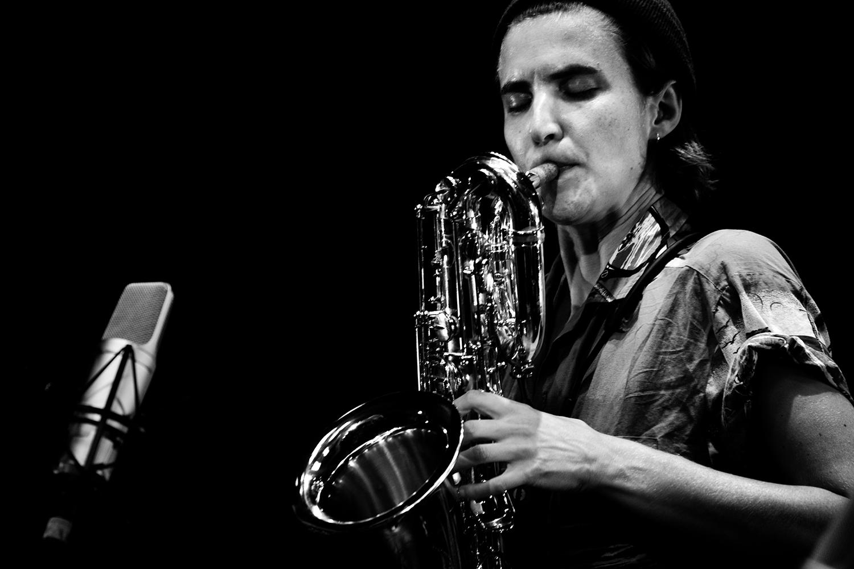 Jonas Cambien & Hanne De Backer & Signe Emmeluth by Laurent Orseau - Summer Bummer Festival - De Studio - Antwerp, Belgium #9