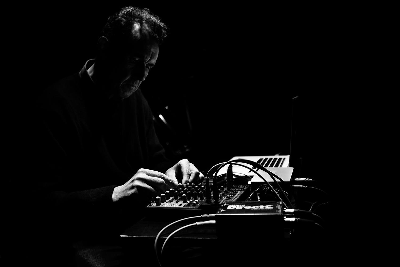 K-Group by Laurent Orseau - Concert - Les Ateliers Claus - Brussels, Belgium #7
